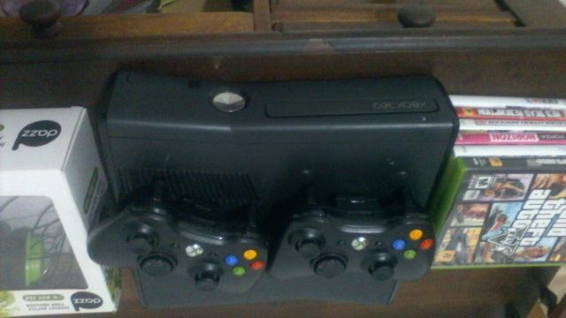 Xbox 360 / 250gb