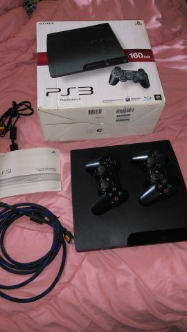 PS3 com 20 jogos e dois controles